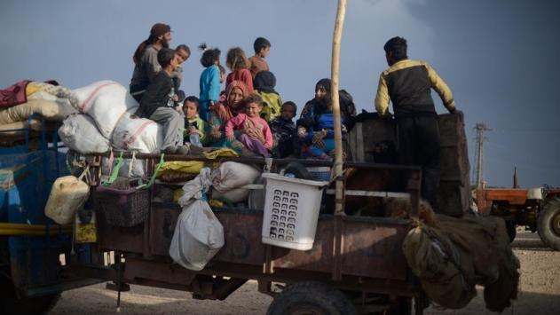 Rakka ve Deyrizordan yaklaşık 370 bin sivil göç etti