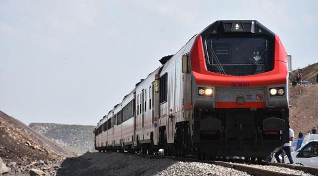 Bakü-Tiflis-Kars demiryolunda geri sayım başladı