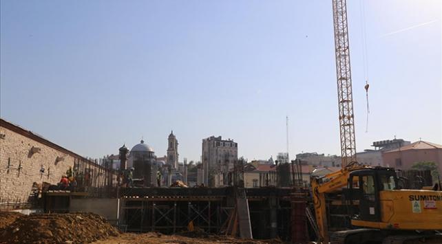 Taksimdeki cami inşaatı sürüyor