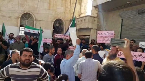Mehmetçik İdlib'de coşkuyla karşılandı