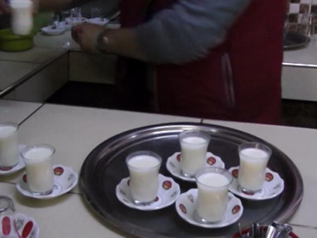 Kahvehanede süt de satıyorlar