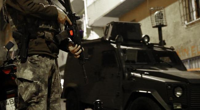İstanbulda terör operasyonu: 16 gözaltı