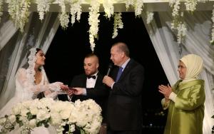 Cumhurbaşkanı Erdoğan, Gökhan Törenin nikah törenine katıldı