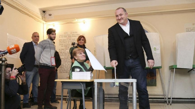 Gürcistanda yerel seçimler yapıldı