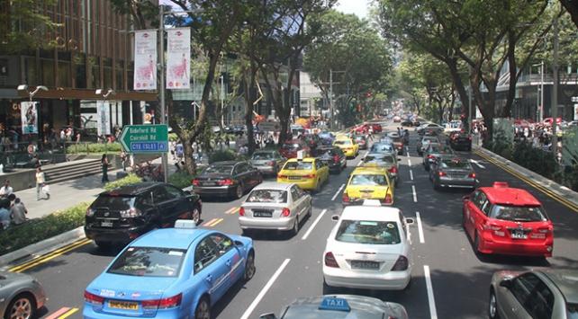 Bu ülkede yeni otomobillerin trafiğe çıkışı yasak