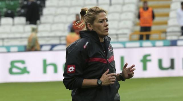 UEFAdan hakem Özçiğdeme görev