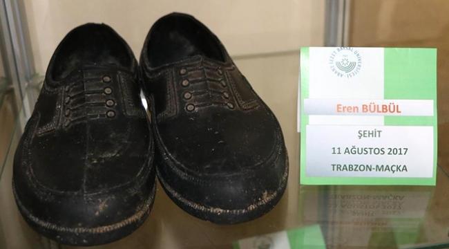 Şehit Eren Bülbülün kara lastikleri ayakkabı müzesinde