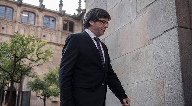 Eski Katalan lider Puigdemont Belçikada