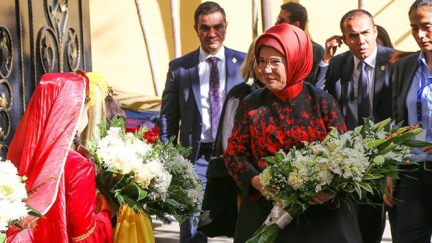 Emine Erdoğan, TDV Bakü Türk Lisesinin açılışını yaptı