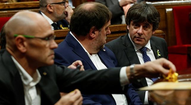 Görevde alınan Katalan yöneticiler için hukuki süreç başladı