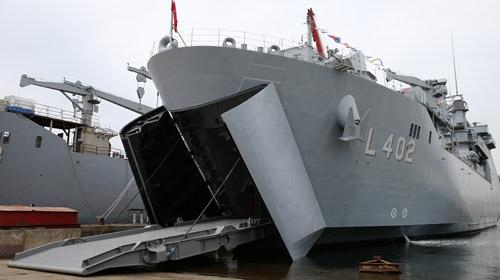 Türk Donanmasının en büyük savaş gemisi TCG Bayraktar