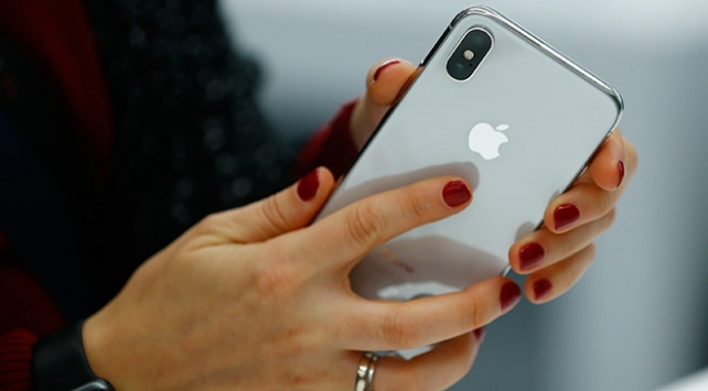 Appleın merakla beklenen modeli iphone X 24 Kasımda Türkiyede