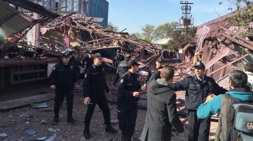 Bursa'daki patlamanın ardından yardım ekiplerinin çalışması sürüyor