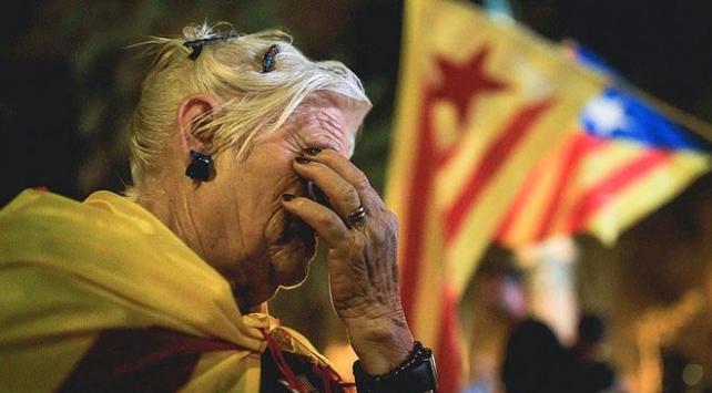 İspanyadan Katalonyanın tek taraflı bağımsızlık kararına iptal