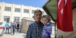 Türkiye sınır ötesinde Suriyelilere deva oluyor