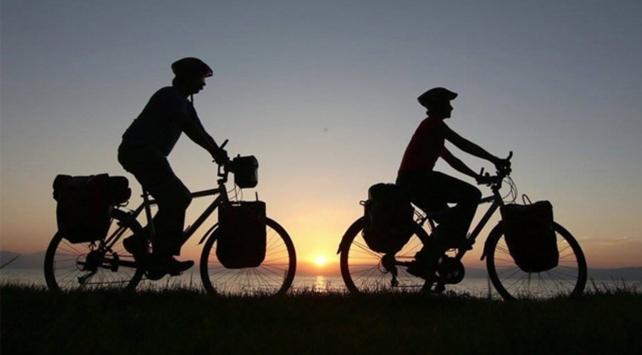 Bisikletleriyle 26 ülke gezdiler