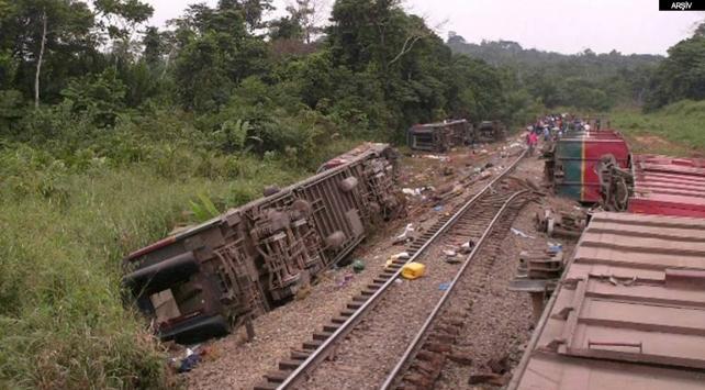 Kongoda tren, raydan çıkıp uçuruma yuvarlandı: 30dan fazla ölü