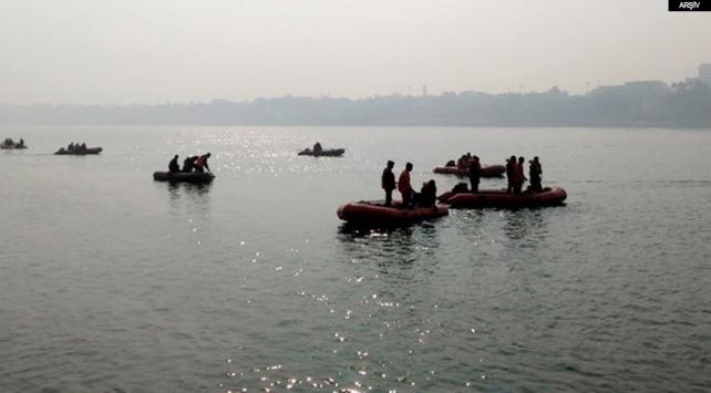 Hindistandaki tekne kazasında ölü sayısı 20ye çıktı
