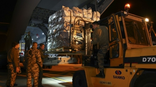 Türkiyeden Iraka yardım götüren ekipler Süleymaniyeye ulaştı