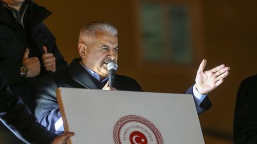"""Yıldırımdan Kılıçdaroğluna çağrı: """"Bayrağını al, Hakkariye gel"""""""