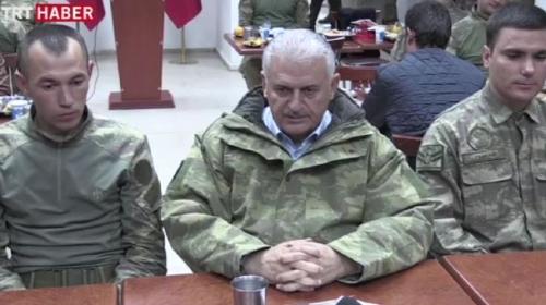 Başbakan Yıldırım, Dağlıcada taburu ziyaret etti