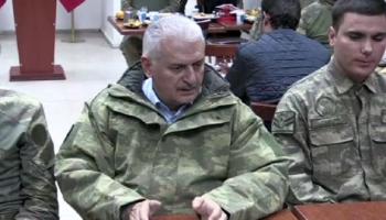 Başbakan Yıldırım Dağlıcada taburu ziyaret etti