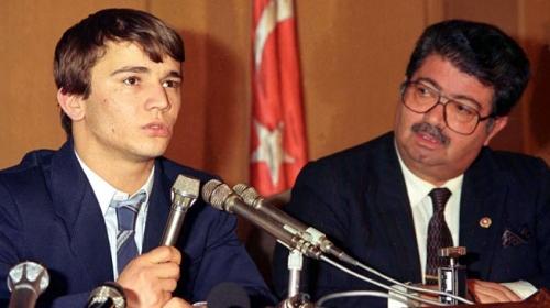 Naim Süleymanoğlu'nun Avustralya'dan kaçırılış öyküsü