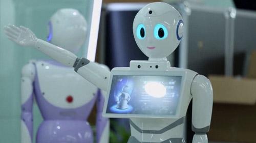 Tıp sınavına giren ilk robot barajı açık arayla geçti