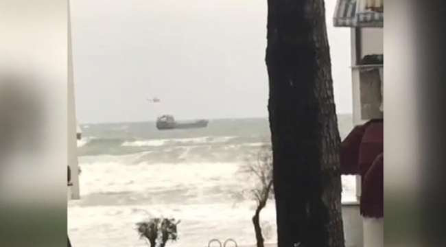 Bartın açıklarında sürüklenen gemideki mürettebat kurtarıldı