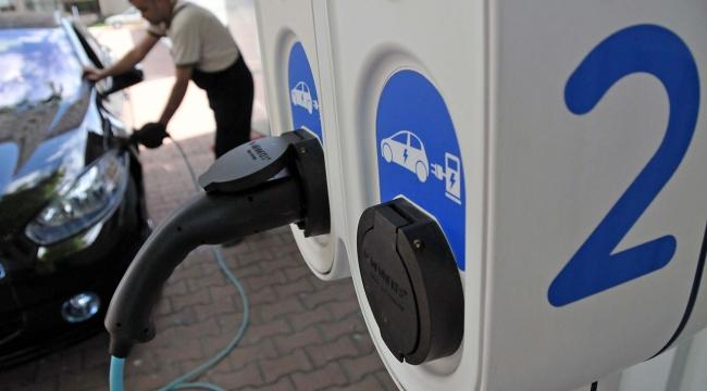 EPDK, araç şarj istasyonlarından lisans zorunluluğu aramayacak