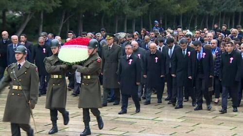 81 İlden gelen 150 öğretmen Anıtkabiri ziyaret etti