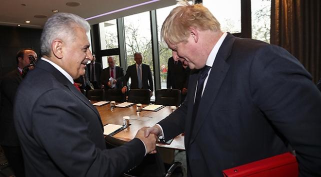 Başbakan Yıldırım, İngiltere Dışişleri Bakanı Johnson ile görüştü