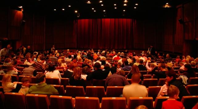 229 özel tiyatroya 5 milyon 234 bin lira ödenek
