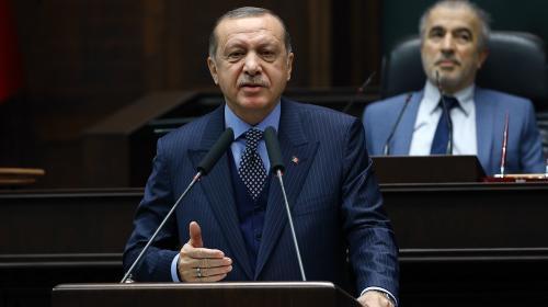 Cumhurbaşkanı Erdoğan: Babamın oğlu olsa geri koysun