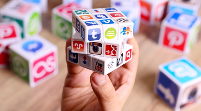 Bilinçsiz internet kullanımı bağımlılığa yol açıyor