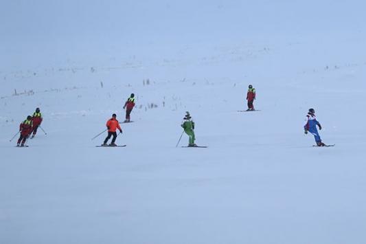 Erciyeste kayak sezonu açıldı