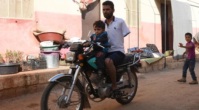Suriyedeki savaştan kaçan aileler hayata tutunmaya çalışıyor