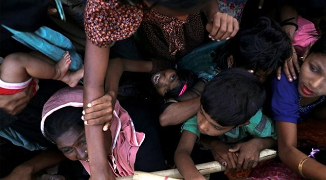 Myanmardan kaçan Arakanlı Müslümanların sayısı azaldı ancak çilesi ve acısı değişmedi