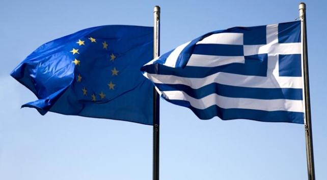 Yunanistana 5 milyar avroluk yeni kredi sağlanacak