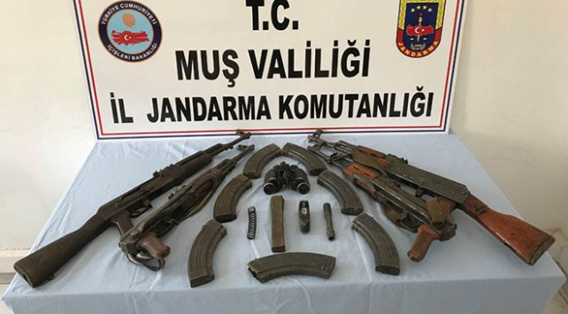 PKK operasyonunda silah ve mühimmat ele geçirildi
