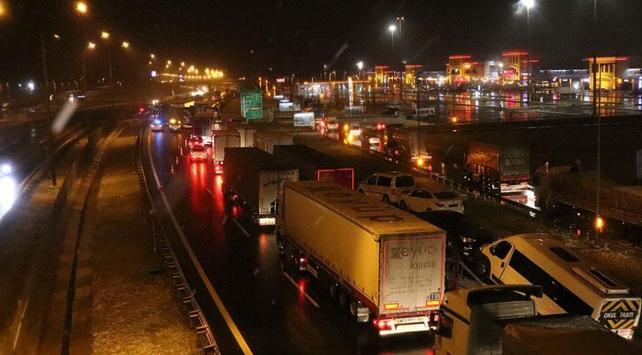 İstanbul-Ankara Otoyolunun Bolu kesimi ulaşıma açıldı