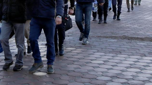 FETÖnün askeri yapılanmasına operasyon: 101 gözaltı kararı