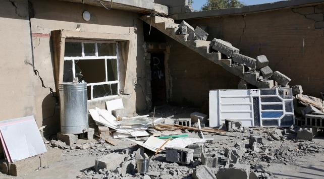 Irakta 4,9 büyüklüğünde deprem