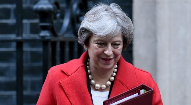 İngiltere Başbakanı Maye suikast iddiası