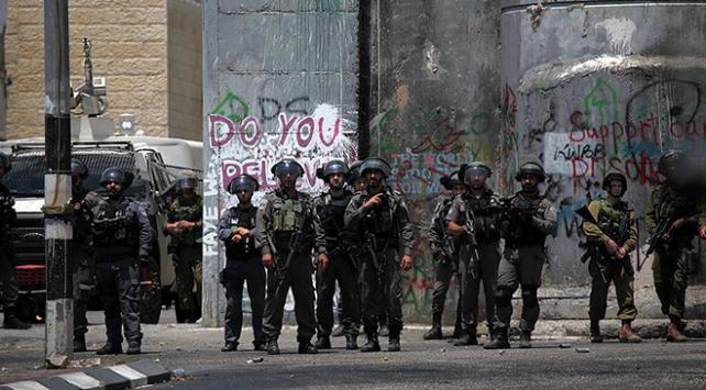 İsrail ordusu Batı Şeriadaki askerlerini artırıyor