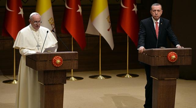 Cumhurbaşkanı Erdoğan Papa ile Kudüsü görüştü