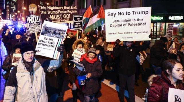 Chicagoda binlerce kişi ABDnin Kudüs kararını protesto etti