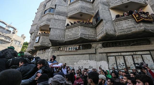 İsrail güçlerinin öldürdüğü 4 Filistinli için cenaze töreni düzenlendi