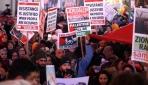 Dünyanın dört bir yanında protesto gösterileri düzenlendi