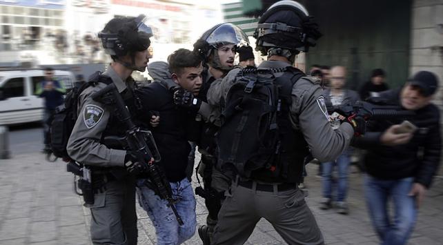 İşgal altındaki Batı Şeria ve Doğu Kudüste 150 Filistinli gözaltına alındı